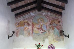Frescoes inside the Madonna della Grazie Shrine (Photo: © Henri Craemer)