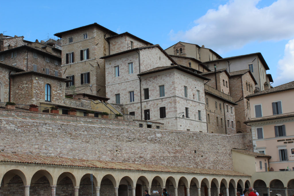 Assisi near the Cathedral of St Francis – a setting for Assassin's Creed? Also have a look at the Basilica itself. (Photo: © Henri Craemer)