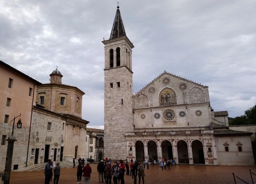 Duomo di Santa Maria Assunta with the smaller octagonal-roofed Church of Santa Maria della Manna d'Oro to the left of the tower. (Photo: © Henri Craemer)