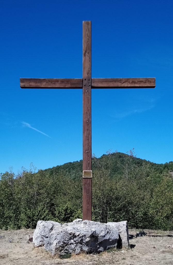 The wooden Cross near Faggio San Francesco (Photo: © Henri Craemer)