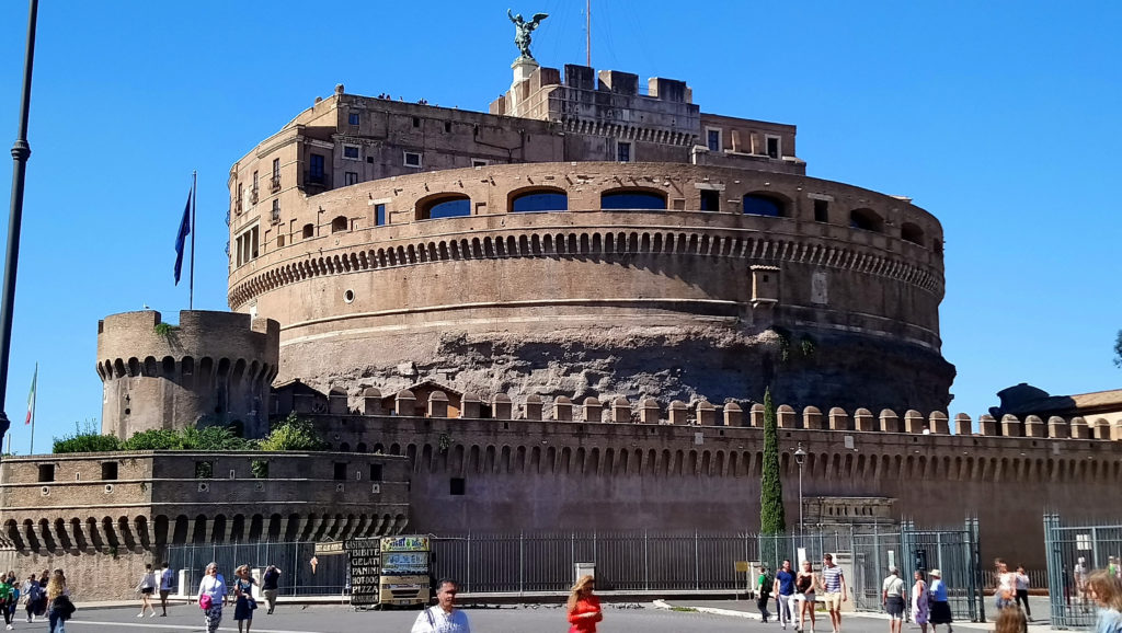Castel Sant'Angelo – the Castle of the Holy Angel. Originally meant as a mausoleum for Emperor Hadrian, but also used as a fortress, prison and currently as a museum. (Photo: © Henri Craemer)