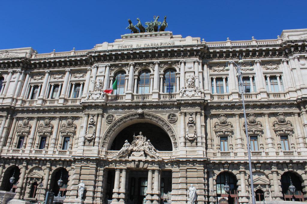Corte di Cassazione (Italian Supreme Court), with the Winged Victory statue. (Photo: © Henri Craemer)