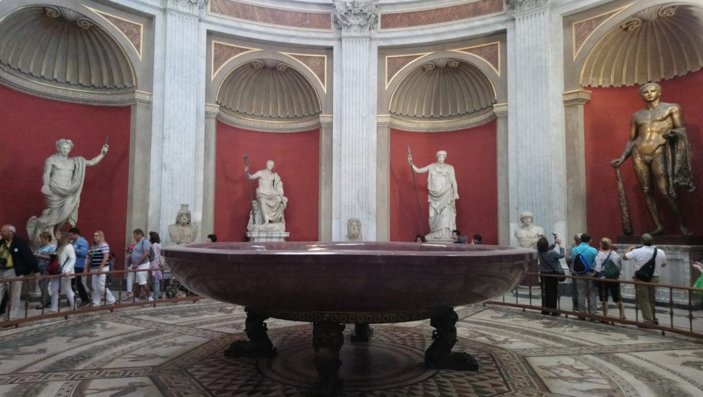 The Round Room with the statue of Hercules. (Photo: Henri Craemer)