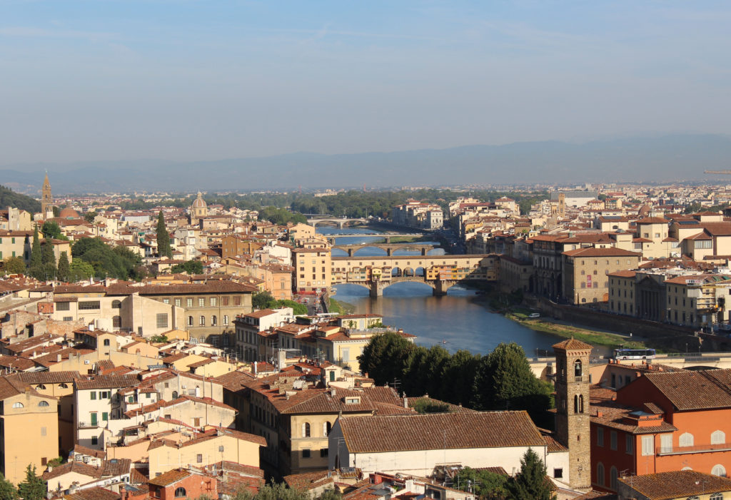 Our starting: Firenze on the Arno River. (Photo: © Henri Craemer)